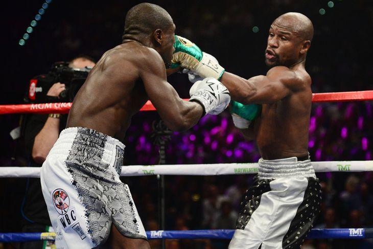 mayweather vs. berto fott - Potshot Boxing